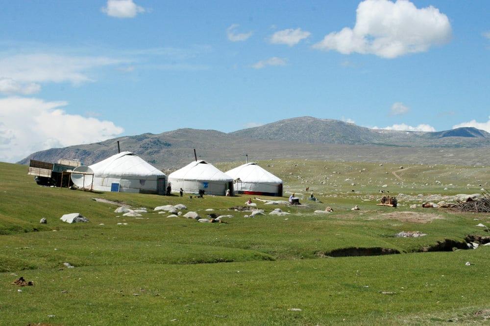 Zeltdorf in der Mongolei