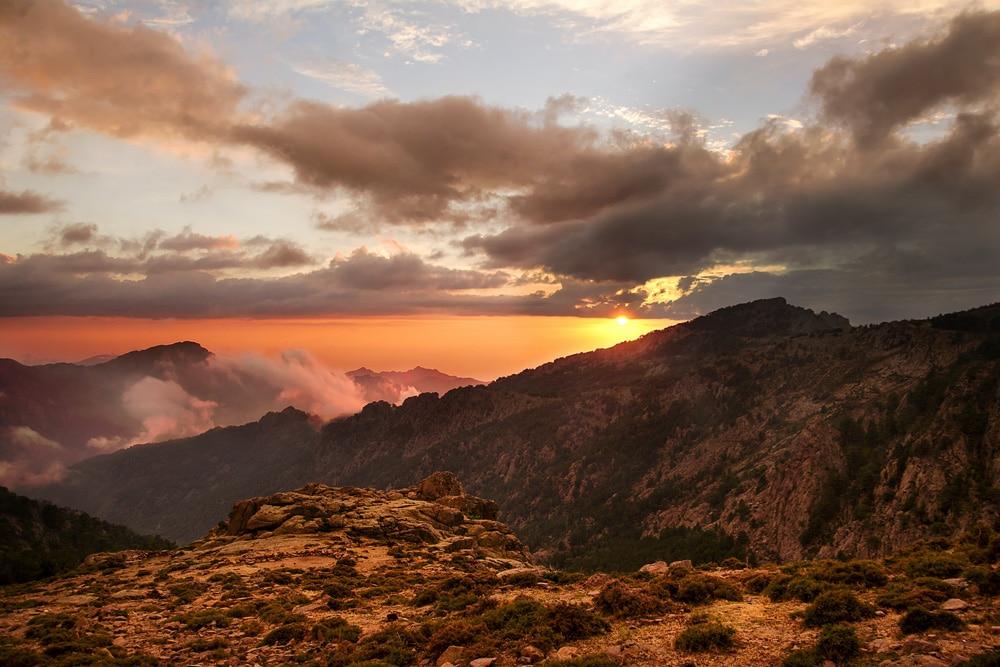 Sehenswürdigkeiten auf Korsika: Sonnenuntergang auf dem GR20