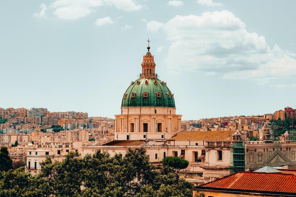 Der Dom zu Neapel, Foto: Mathias Bach Laursen / Unsplash