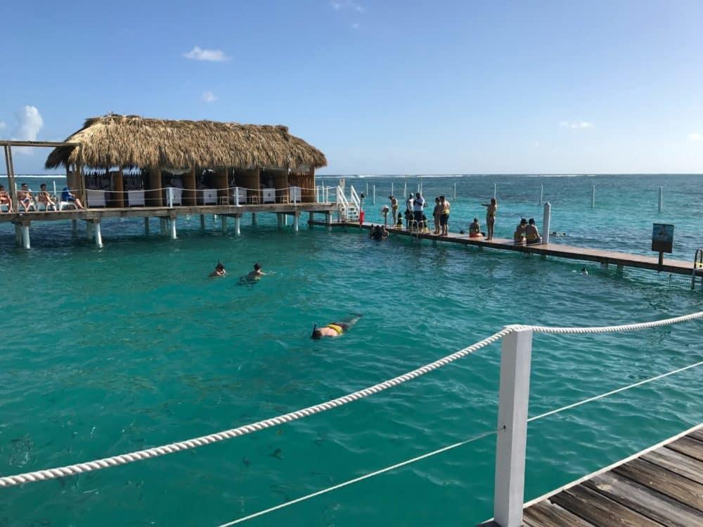 Schnorcheln an der Küste von Punta Cana, Foto: Jared Lisack / Unsplash
