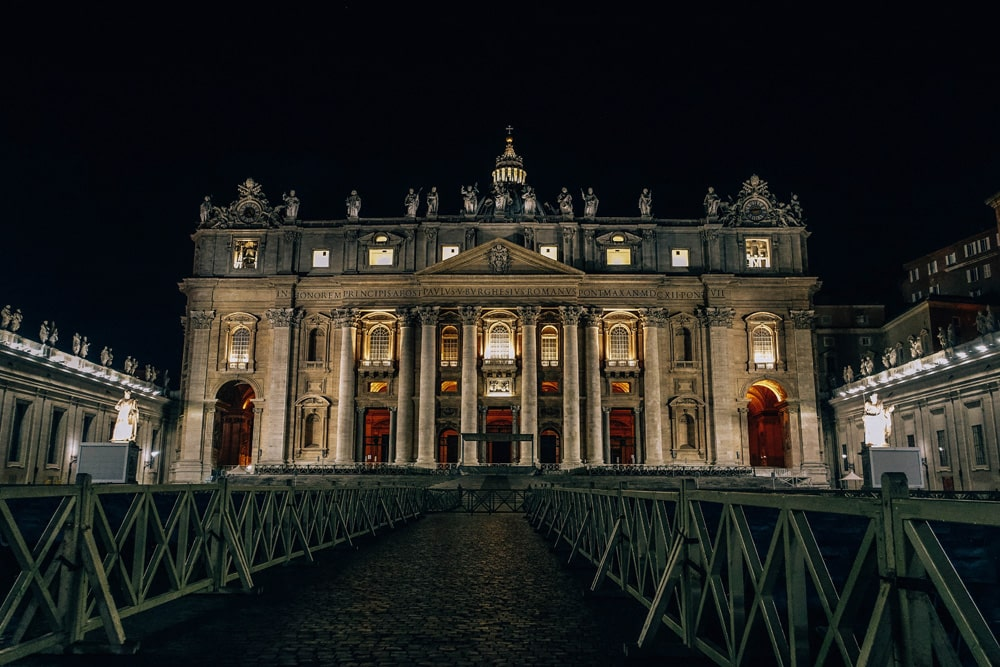 Der Vatikan bei Nacht ist auch ein spannendes Motiv, Foto: Daniela Hinz