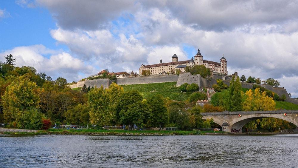 Das Wahrzeichen von Würzburg: die Marienburg, Foto: Peter H / Pixabay