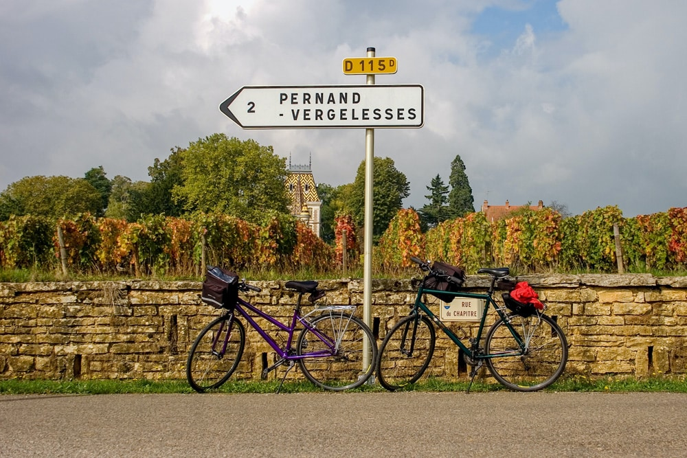 Zu zweit andere Länder per Rad erkunden, Foto: Ian Taylor / Unsplash