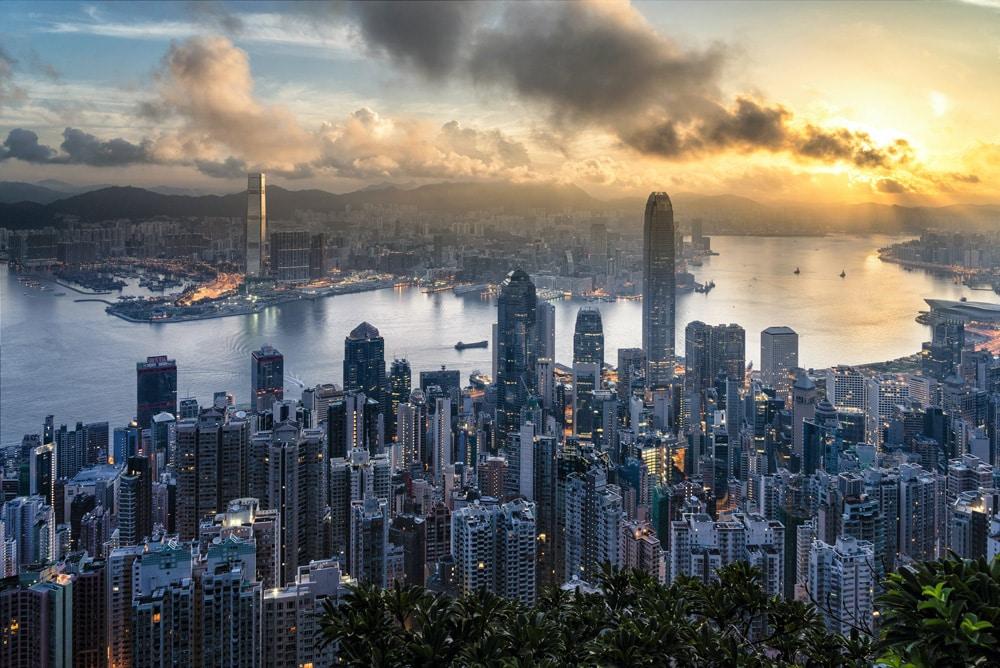 Blick auf die Skyline von Hongkong, Foto: Ryan McManimie / Unsplash