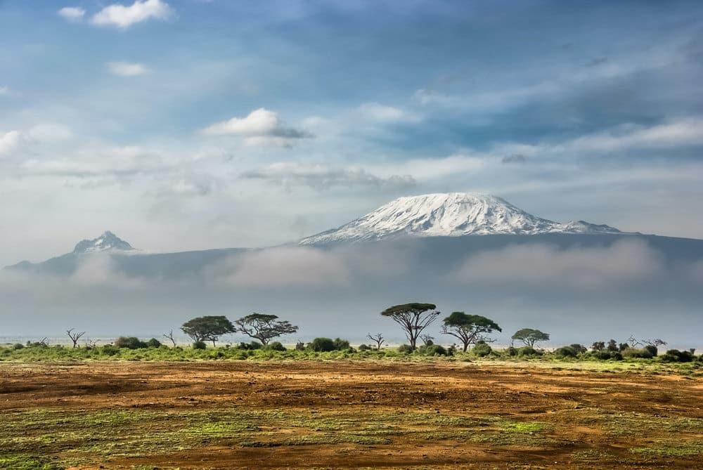 Der höchste Berg Afrikas: der Kilimandscharo, Foto: Sergey Pesterev / Unsplash