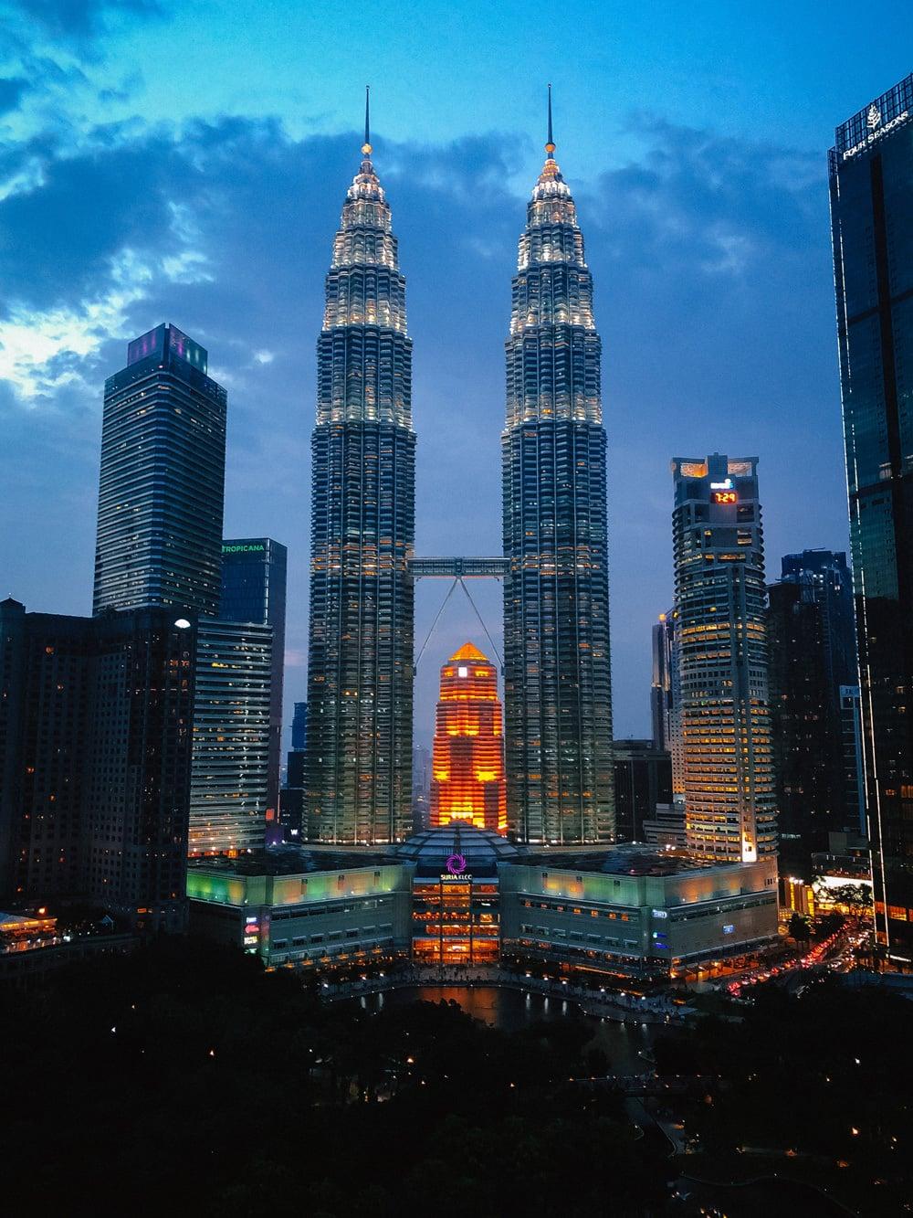Die berühmten Petronas Towers in Kuala Lumpur, Foto: Ismael Bashiri / Unsplash