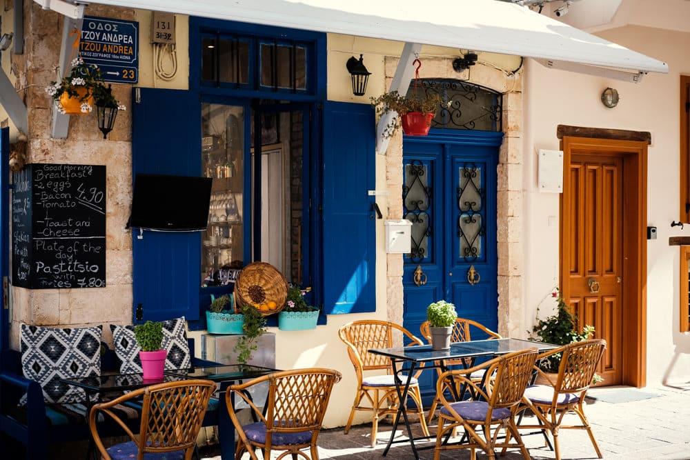 Restaurant in Chania, Foto: Matthieu Oger/ Unsplash